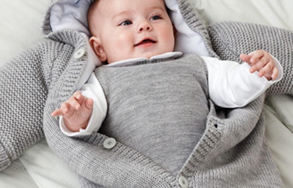 Cách chăm sóc trẻ sơ sinh mùa đông không bị ốm