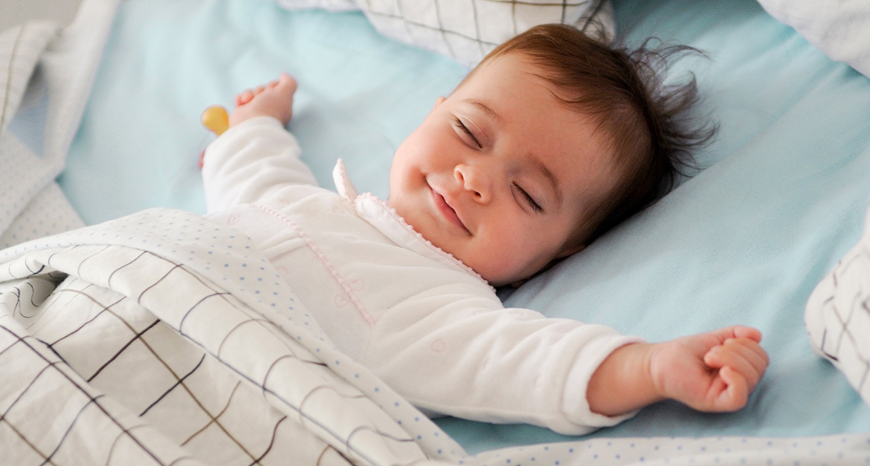 Cách dỗ trẻ sơ sinh ngủ ngon giấc